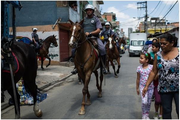 Tradução da Matéria: What's Killing Brazil's Police?